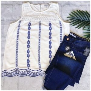 SKIES ARE BLUE Stitch Fix Off White Embroidery Top